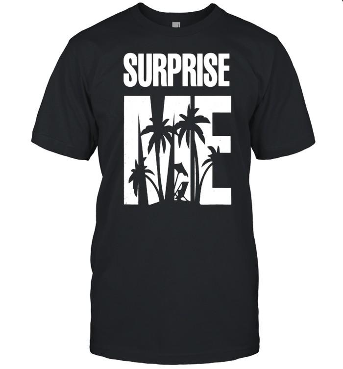 Surprise Me Summer Vacation T- Classic Men's T-shirt