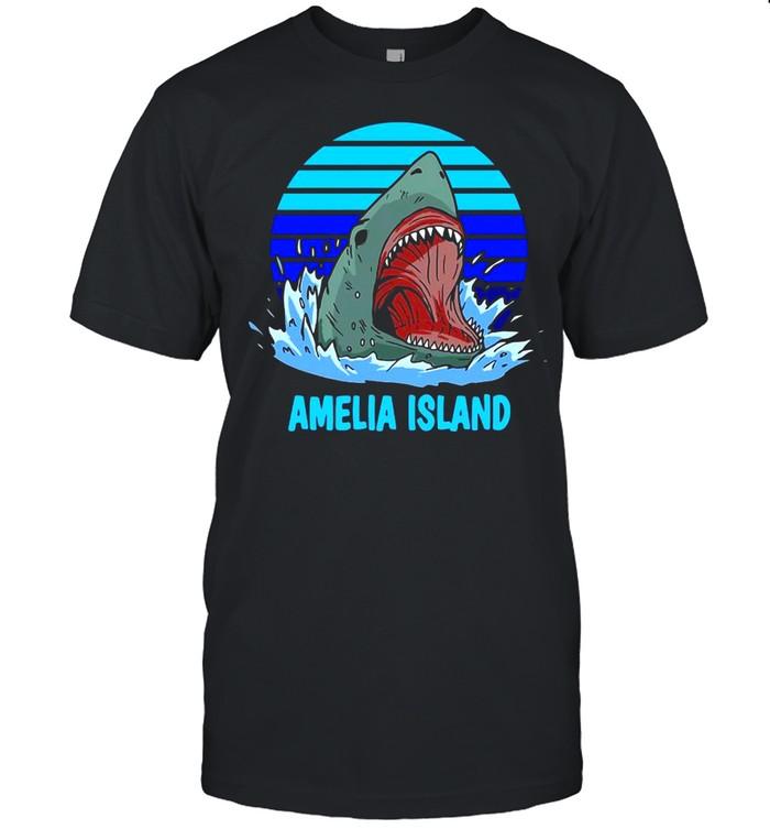 Amelia Island Vacation Shark Theme Vintage T-shirt Classic Men's T-shirt