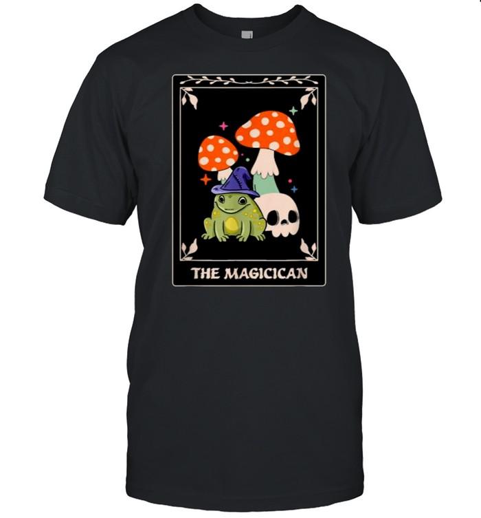 Magician Tarot Card Funny Magic Occult Frog Mushroom Tarot  Classic Men's T-shirt