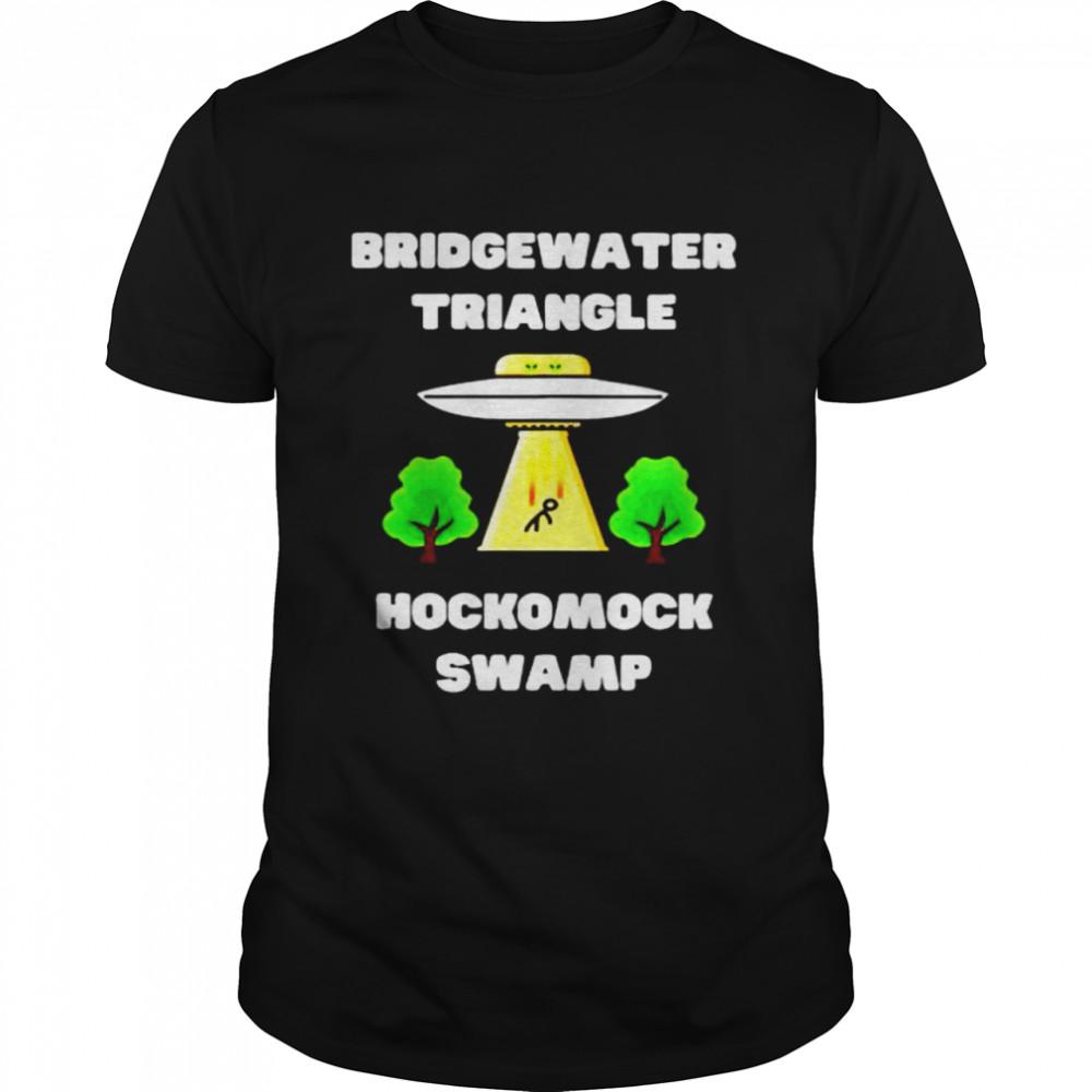 Bridgewater triangle hockomock swamp shirt Classic Men's T-shirt