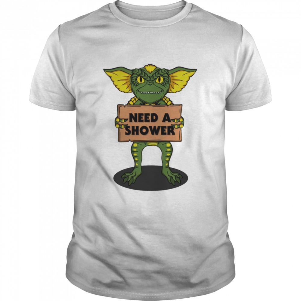 Need a shower Gremlins shirt Classic Men's T-shirt